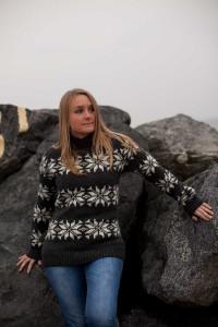 ISLANDSK SWEATER 2
